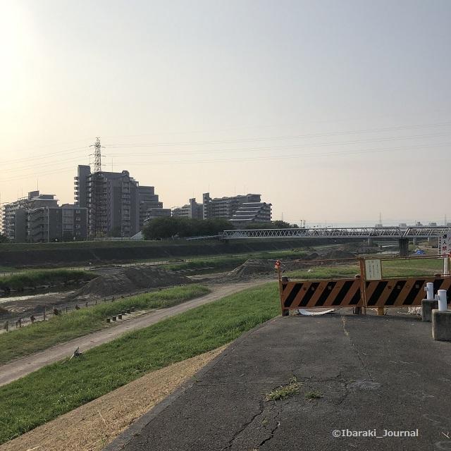 4-5永久橋のほう安威川へは降りれないIMG_6037