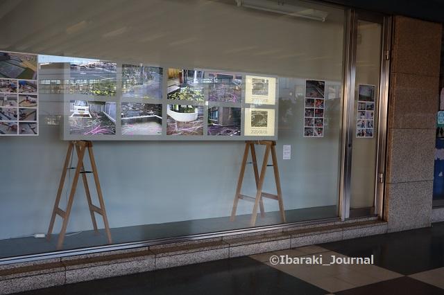 0912阪急ソシオのショーウィンドウのところIMG_4297