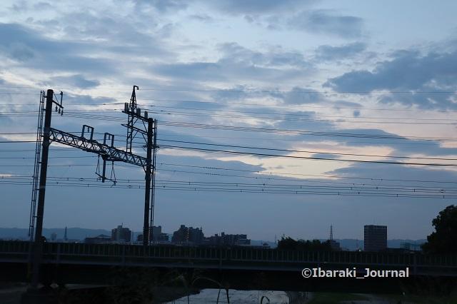 0918千歳橋から阪急線路の方IMG_4571