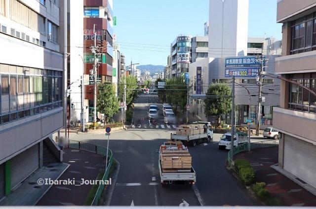 0912阪急茨木ソシオ歩道橋から北側を見るIMG_4290
