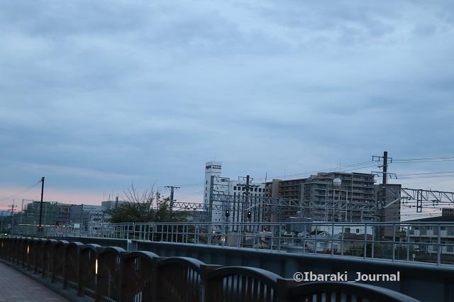 0916JR安威川そばから東の空IMG_4455