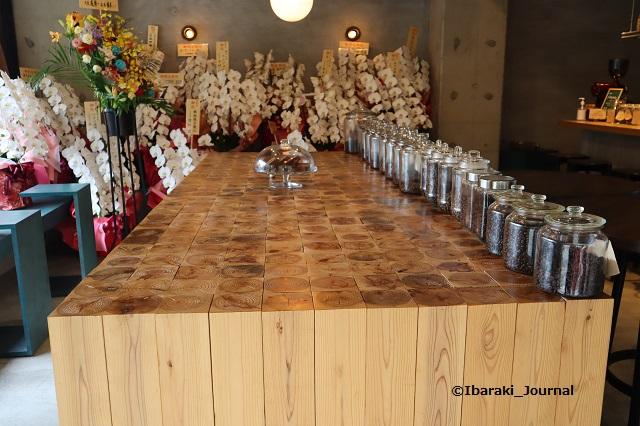 0904ノーコーヒー店内入り口から億IMG_4202