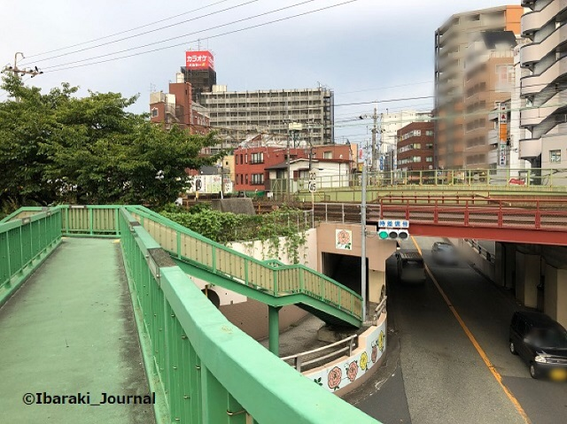 0924駅前歩道橋上からIMG_6816