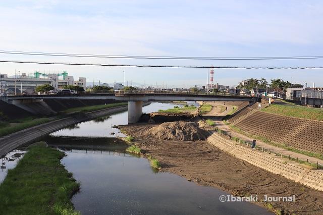 20200915先鉾橋から五十鈴橋を見るIMG_4444
