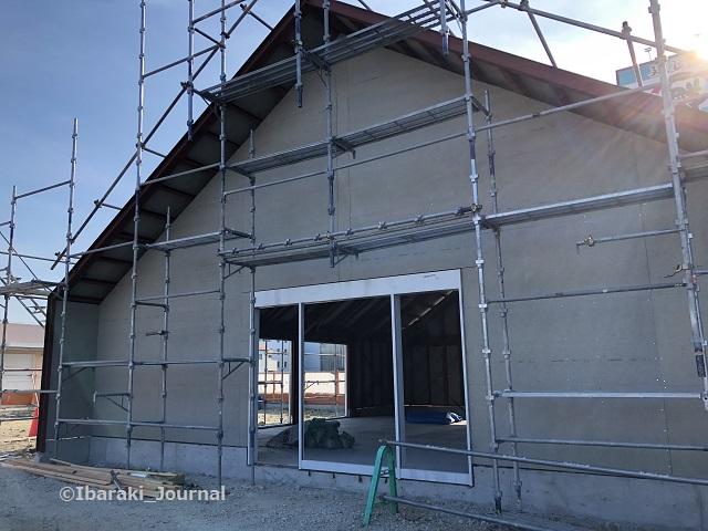 0819キリン堂前の工事入り口側IMG_5948