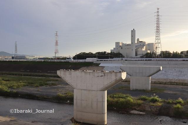 1006あけぼの橋を南側から1IMG_5114