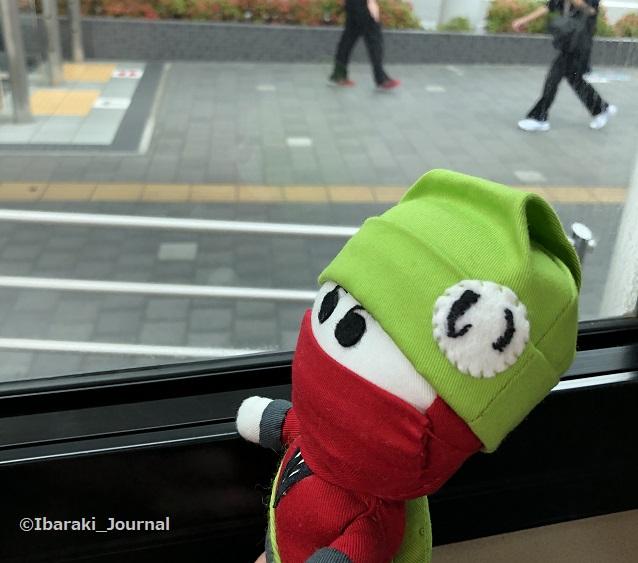 にんじゃるバスに乗るIMG_6607