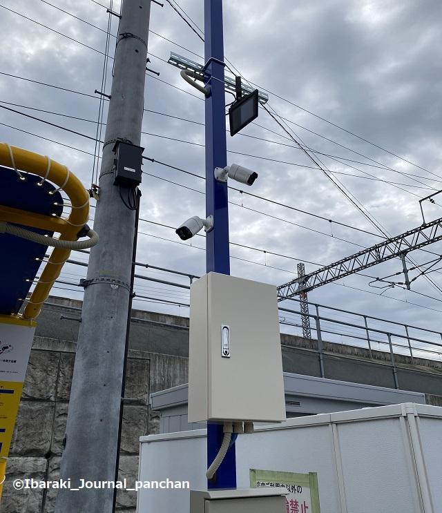 総持寺ファミマ202011-1監視カメラ