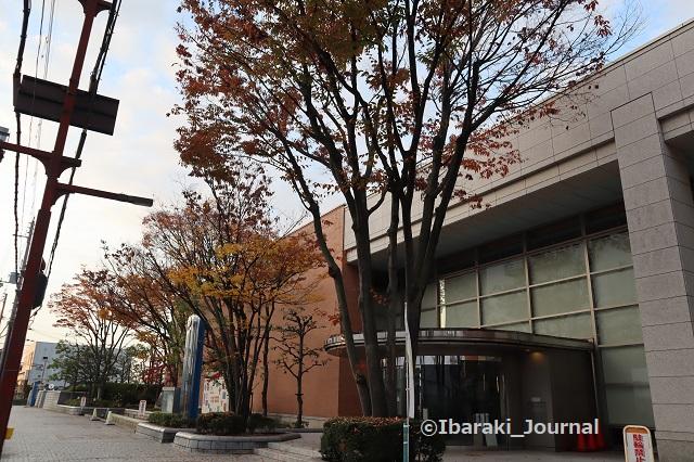 1116茨木市立中央図書館北側からIMG_6767