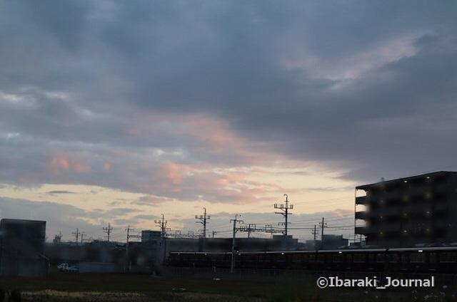 1113南茨木駅そば夜明けIMG_6645