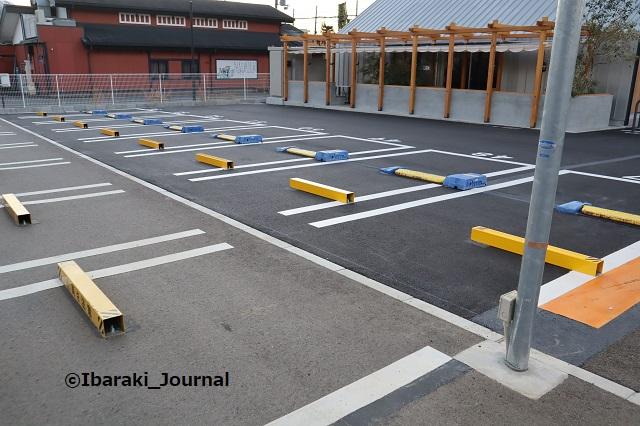 1110高木珈琲北側の駐車スペースIMG_6523