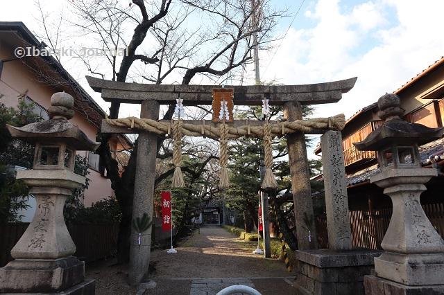 1228井於神社鳥居IMG_8047