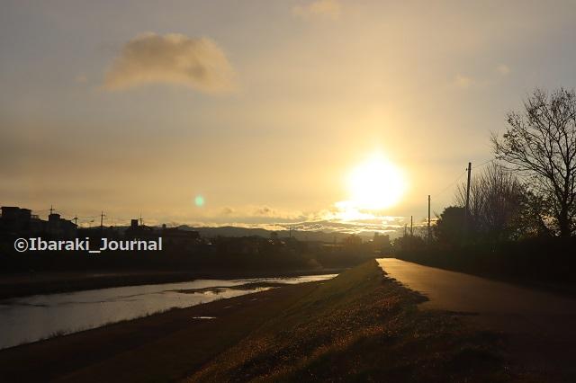 1-1231安威川で日の出IMG_8121