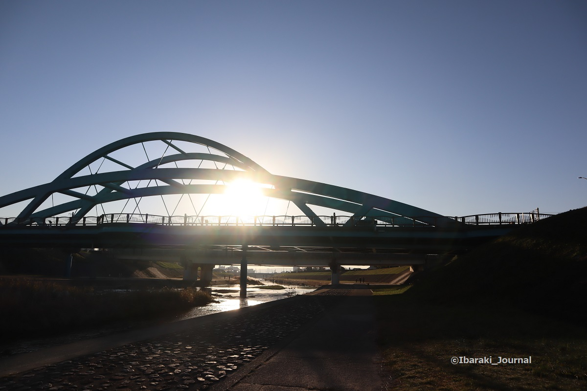 1206西河原新橋でIMG_7505
