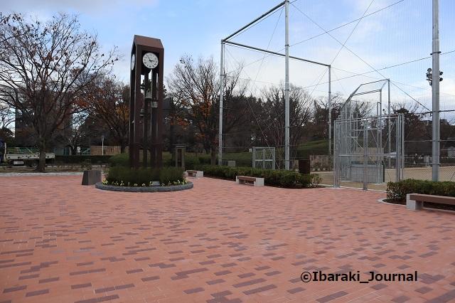 1217-9クリエイトセンター前時計塔IMG_7873