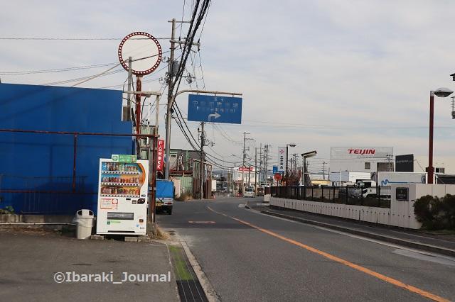 1209-7ニュー富士の先に中央卸売市場IMG_7649
