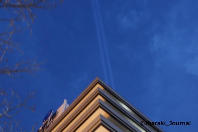 0106-17市役所上のライト西側から見るIMG_8237