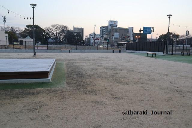 0114IBALAB広場朝の風景IMG_8442