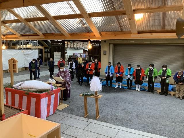 茨木神社まぐろ奉納3写真 2021-01-08 8 00 27