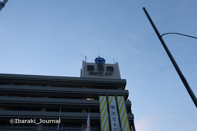 0106-1茨木市役所上の方IMG_8212