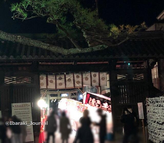 2茨木神社搦手門IMG_8883