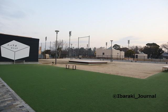 0114IBALAB広場朝の様子IMG_8440