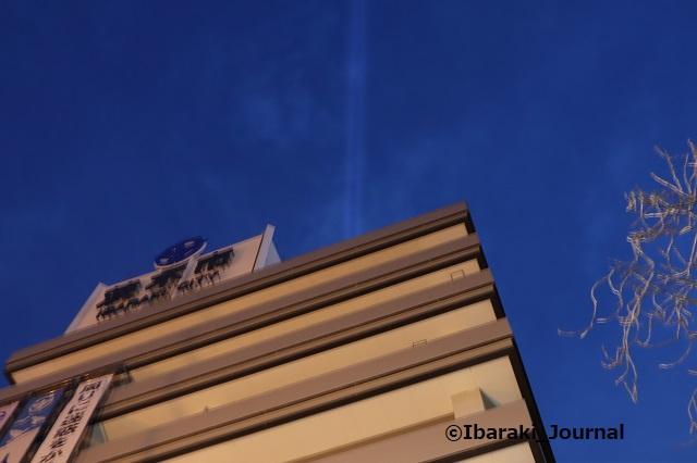 0106-18市役所北側からライト見るIMG_8238