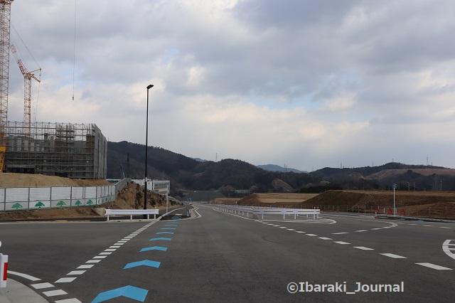 0204茨木箕面道路の自転車レーンIMG_8767