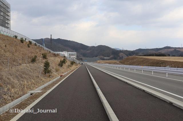 0204忍頂寺福井線側から大岩の方を見る1IMG_8762