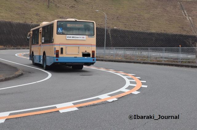 0204阪急バス茨木市街地方面へIMG_8789
