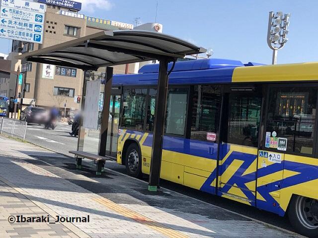 0310中央通りバス停1IMG_0598