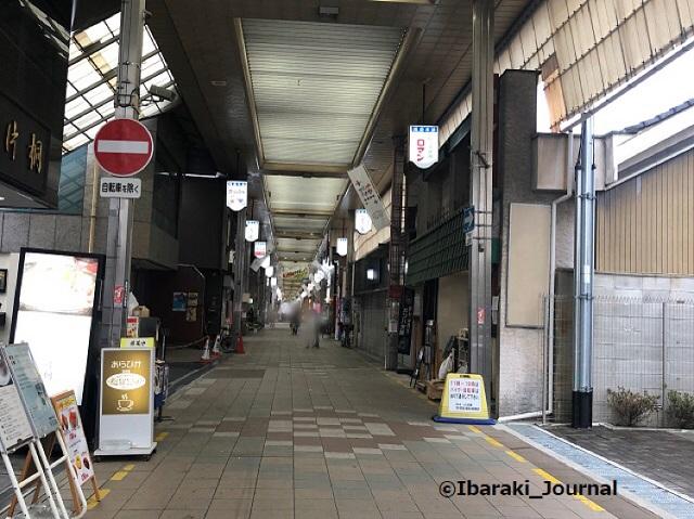 0312阪急本通り商店街IMG_0696