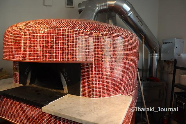 プレモの赤い窯IMG_9772
