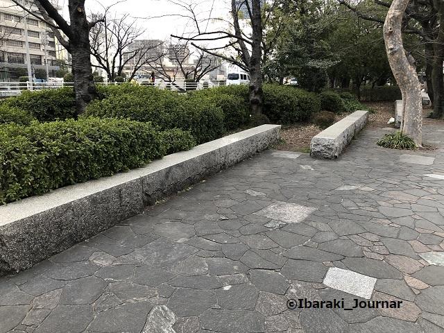 元茨木川緑地みどりの碑石のところ北IMG_0226