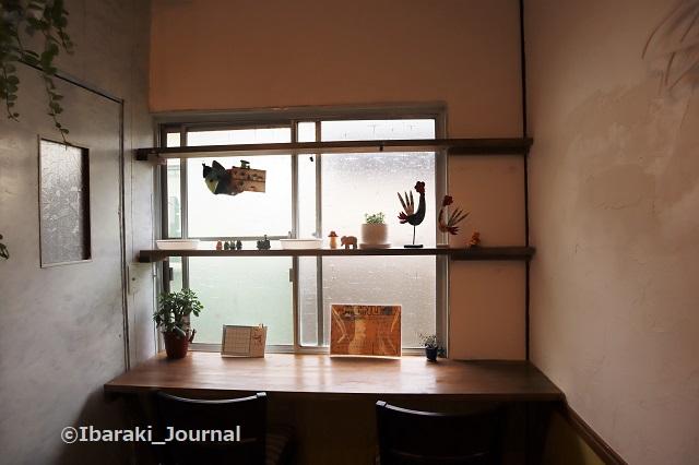 4年食堂店内窓際IMG_9931 (2)