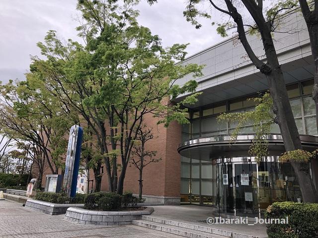 0412-4茨木市中央図書館IMG_1540