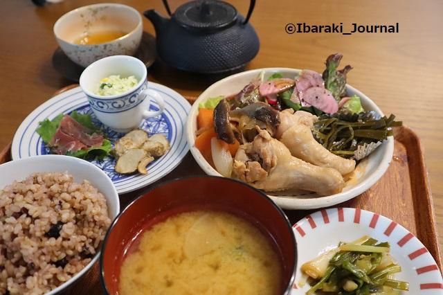 4年食堂ランチIMG_9948