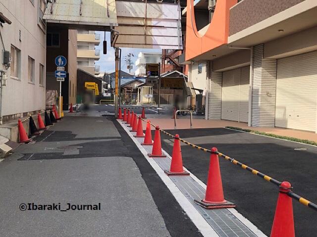 0409中央通から阪急本通のほう3IMG_1470