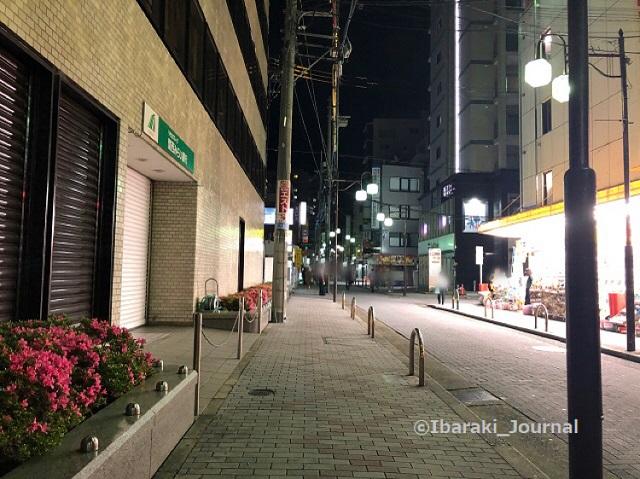 0513阪急東商店街夜IMG_2241