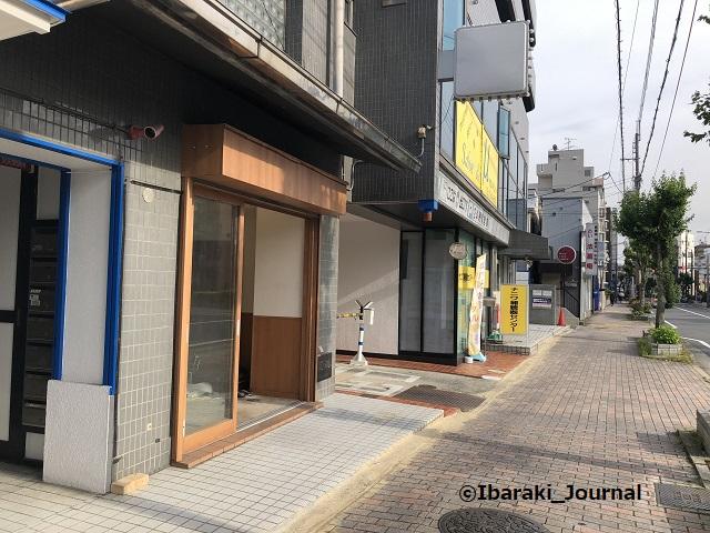 0514竹橋からあげ金と銀から阪急駅のほうIMG_2264