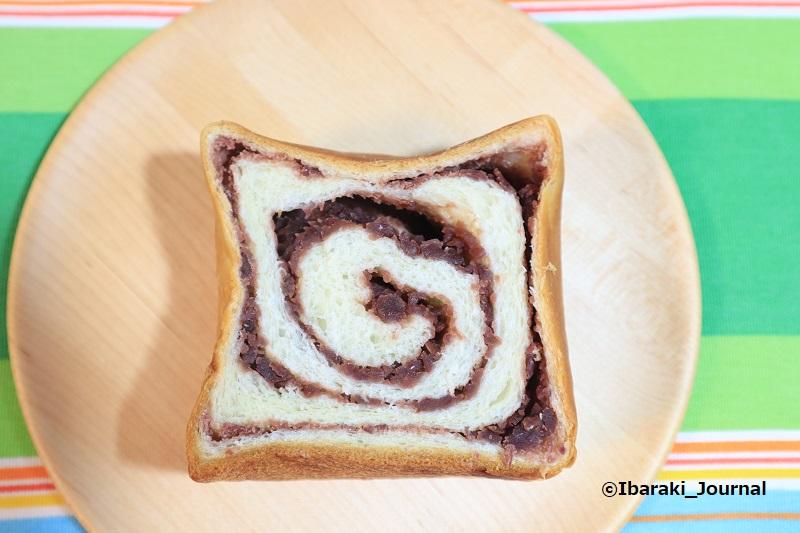 0621サニーコッペのあん食パンIMG_1666