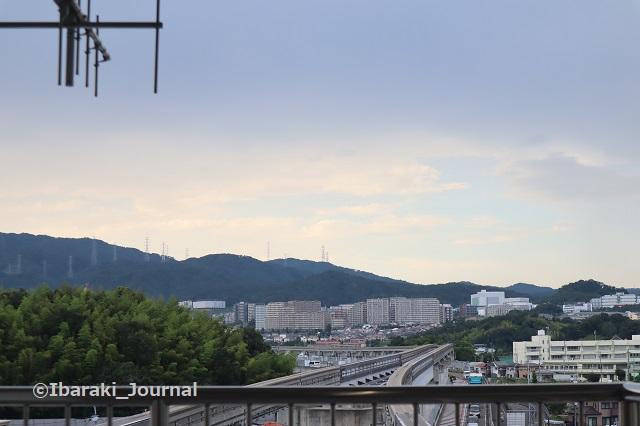 0711モノレール駅から彩都西のほうIMG_2246