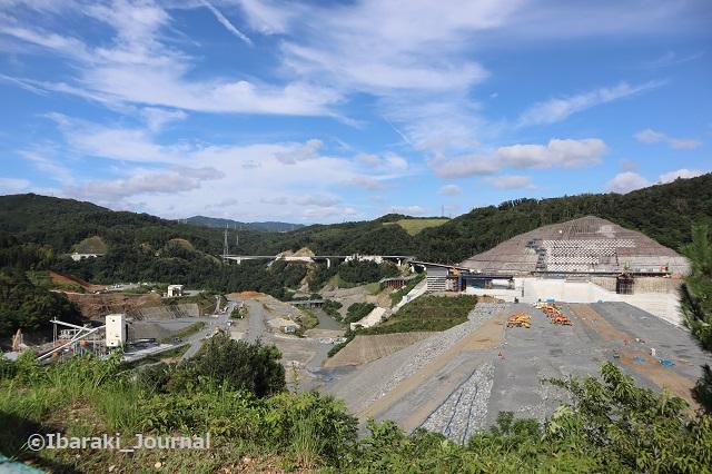 0815安威川ダム向かって左1IMG_3025