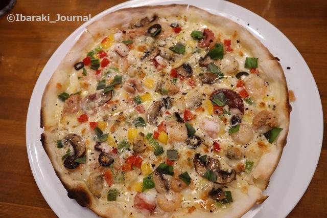 カフェカクタスピザ上からIMG_2685
