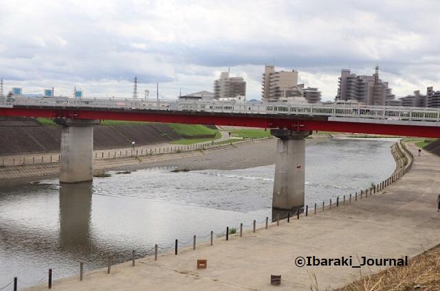 220822永久橋を北から安威川見るIMG_3224