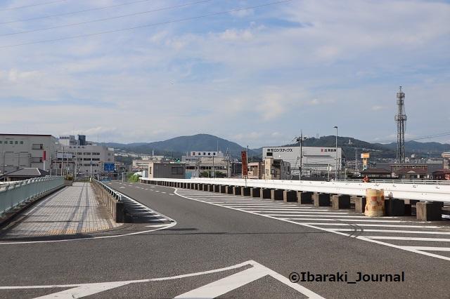 2-0910西河原西への道田中大橋IMG_3952