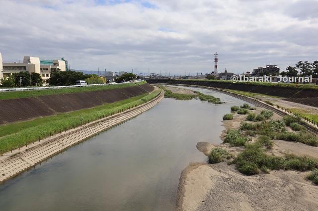 0919五十鈴橋からの安威川IMG_4159