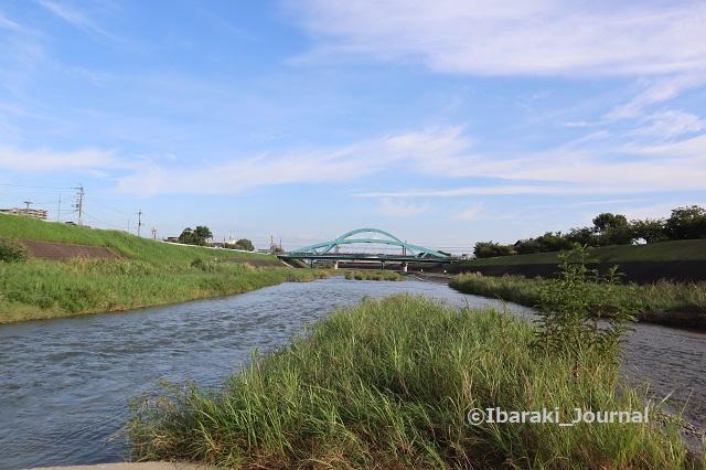 0910安威川茨木川合流のところIMG_3999