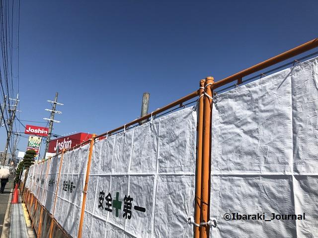 1002セブイレ跡マクドの工事20211002021657